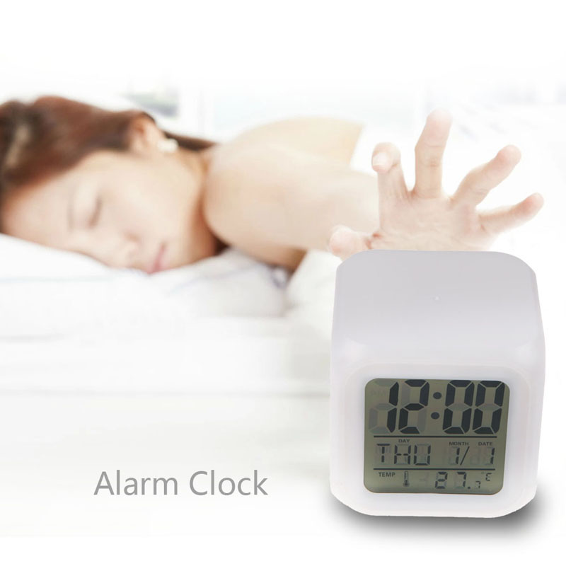 Reloj despertador Digital con cambio de Color, reloj de proyección multifunción, reloj LED cuadrado, termómetro brillante, reloj de escritorio, cubo