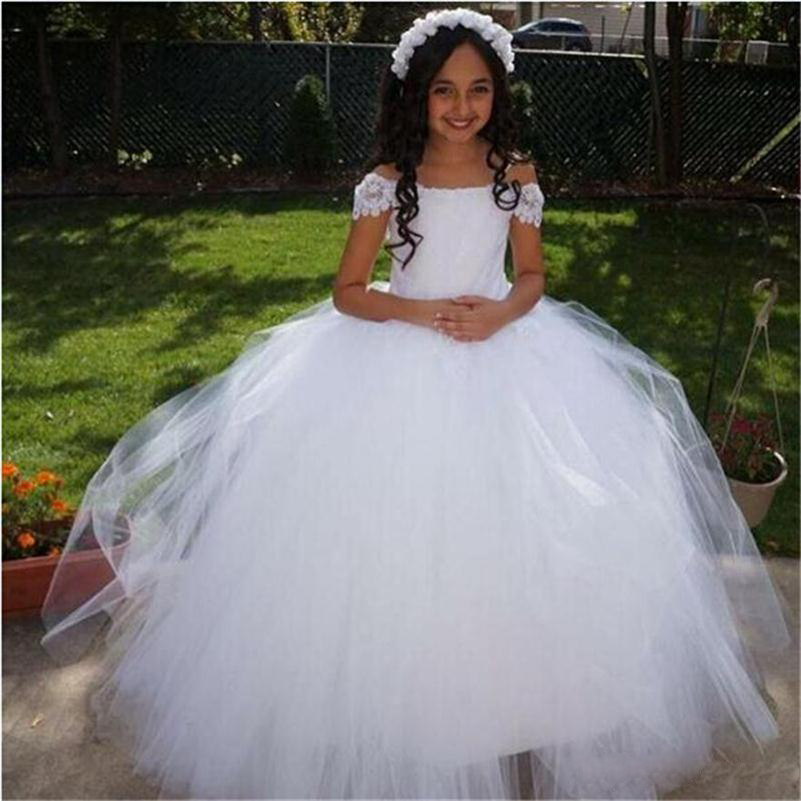 White 2017 Lovely   Flower     Girls     Dresses   For Weddings Cap Sleeves Lace Ball Gown   Girls   Pageant   Dress   First Communion   Dress