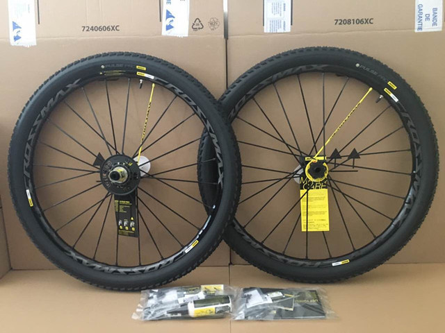 Mavic Crossmax SL Pro WTS 27.5″ 29″ UST Wheelset without Tires – 6-Hole – FW: 15x100mm/QR | RW: 12x135mm/12x142mm