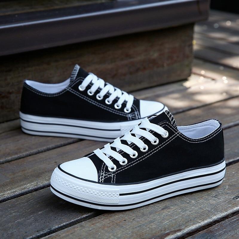 Woman Canvas Shoes Flat Platform Loafers Vulcanize Shoes Women Casual Pumps Neutral Fashion Classic Designer Brands Sneaker
