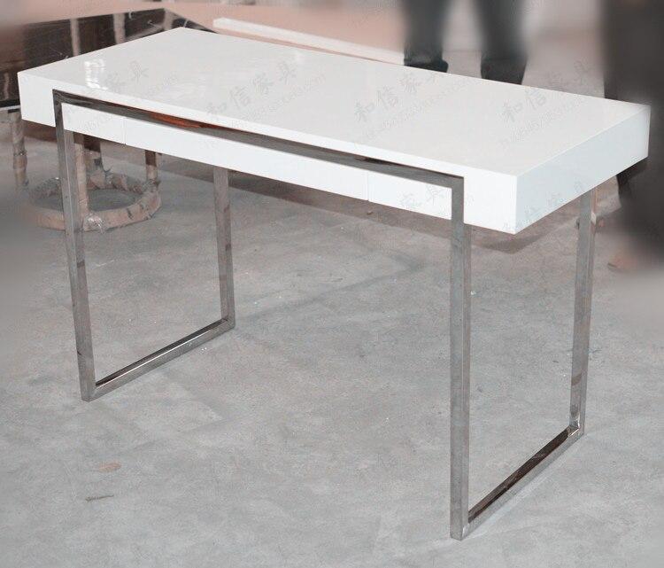 amazing zwarte en witte verf eenvoudige desktop computer bureau thuis bureau studie tafel in. Black Bedroom Furniture Sets. Home Design Ideas