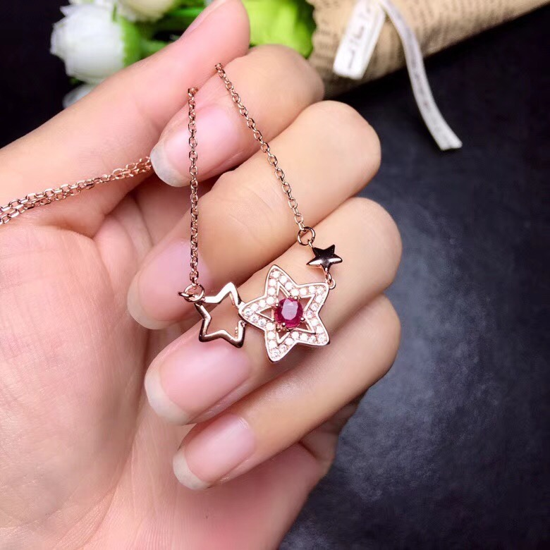 Natural ruby necklace, 925 silver fashion cartoon design, fashion style, ladies jewelry luxury. cartoon airplane style red