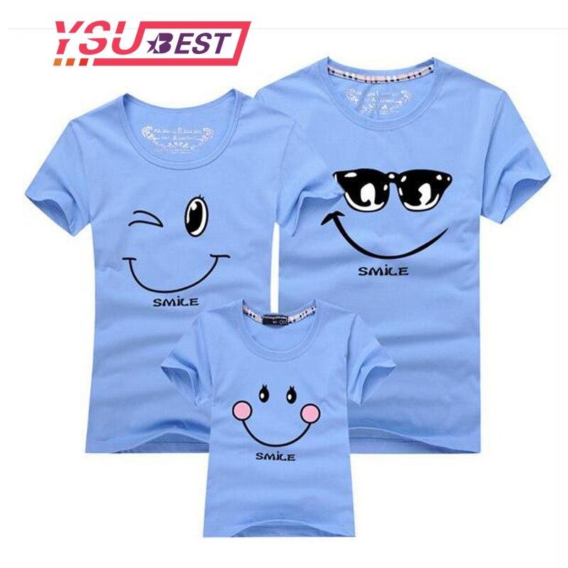 Nouveau 2018 Coton Famille Correspondant T-shirt Visage Souriant Chemise Manches Courtes Vêtements Assortis De Mode Famille Outfit Set T-shirts Tops