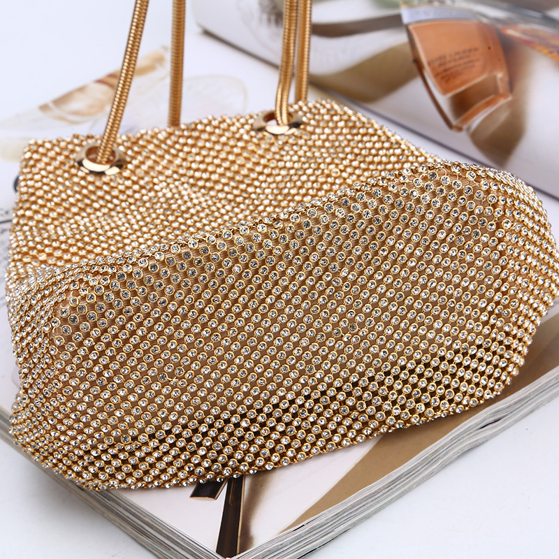 longmiao Women Crystal Diamond Clutch Bags String Satin Crossbody Bag  Glitter Evening Bags Gold Clutch Party Purse Woman Handbag-in Top-Handle  Bags from ... d72fbd96da30