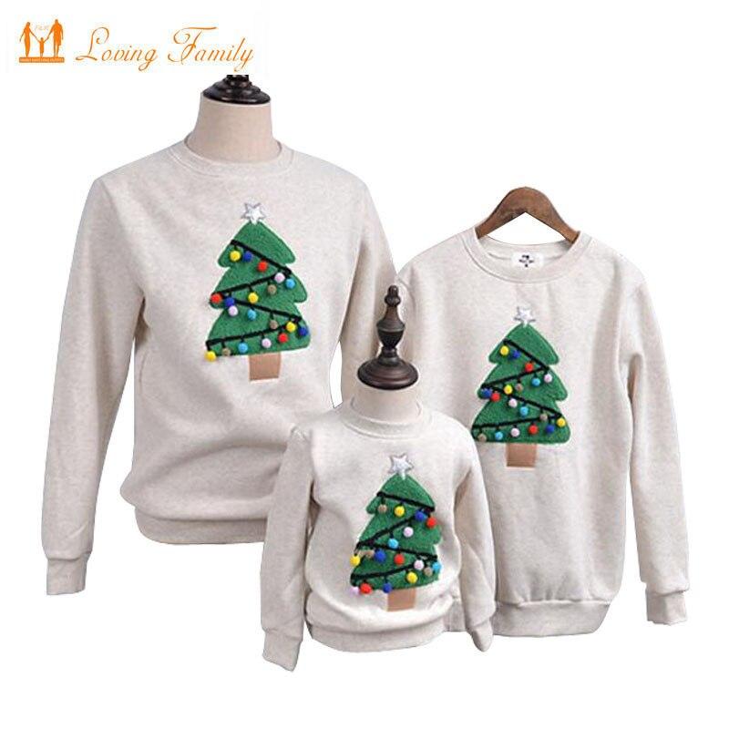התאמת משפחה תלבושות 2018 חורף עץ חג המולד מראה משפחת אמא בת חולצת ילדים פליס בגדי משפחה חמה