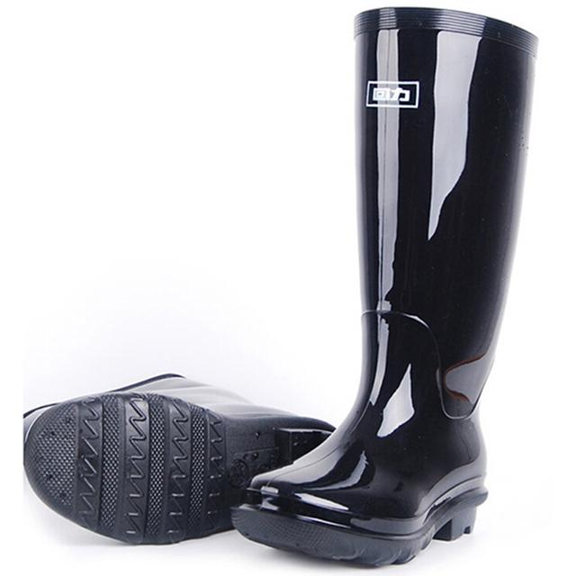 Skidproof Zapatos de Vadeo de Moda Trabajo Biker Botas de Goma De Agua Tirón En Cercanías Cuatro Estaciones Rainboots Masculinos de Cuero Medio de La Pierna