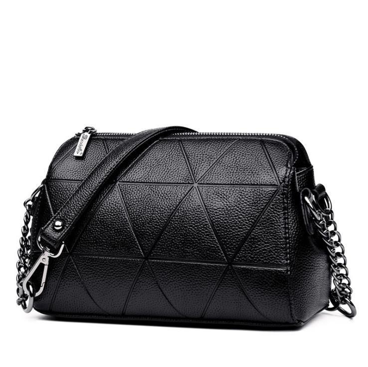 Brand 2019 new Messenger bag female 2018 new fashion handbag personalized shoulder bag banquet bag chain