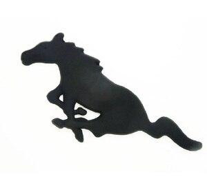 Image 4 - Para Ford Mustang accesorios de estilo de coche 3D Auto pegatina Metal corriendo caballo parrilla delantera parrilla capota del camión emblema insignia