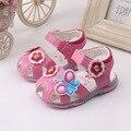 Venta caliente Del Bebé zapatos del niño zapatos de las flores con intermitente zapatos arco de Corea del ESTILO niza moda casual al por mayor nuevo un