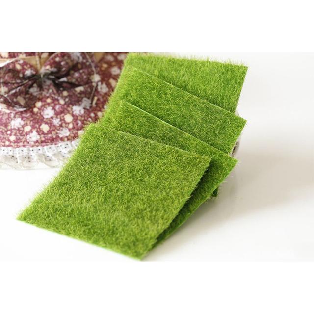 Artificial Grass Mat Plastic Lawn Grass Green Synthetic Turf Miniature Garden Ornament Grass for Miniature Garden Dollhouse Tool