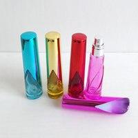 30 adet/grup 15 ml Renkli Doldurulabilir Taşınabilir Mini Parfüm Şişesi Seyahat Alüminyum Cam Sprey Atomizer Boş Şişe Koku