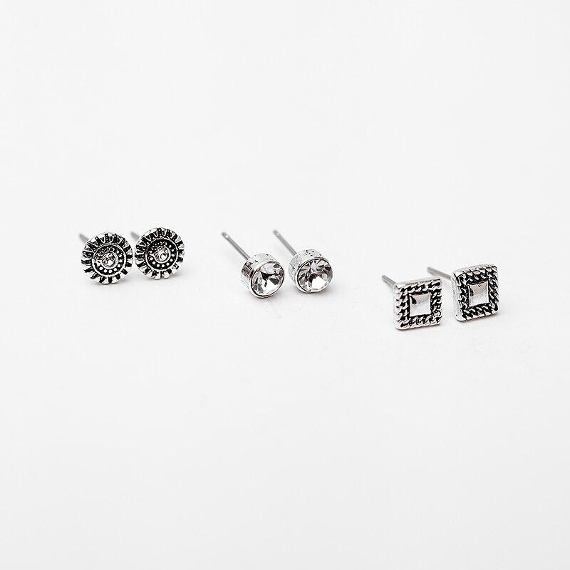 3 Pairs of Magnetic Earrings with Rhinestones IE5Lt