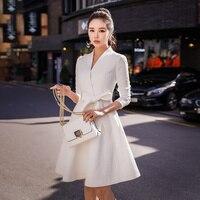 Dabuwawa Women White Trench Coat New V Neck Slim Fit Belted Elegant Windbreaker for Autumn Winter Girls Party Outwear