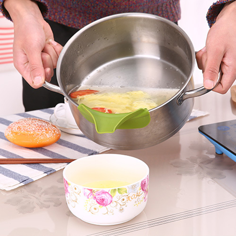 Kitchen Funnel Silicone Soup Funnel Kitchen Gadget Tools Water Deflector Tool Suitable for Most Round Pots Drop Shipping(China)