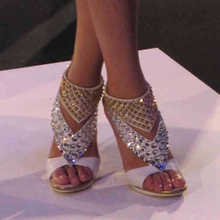 Strass Schuhe Frauen Handamde 2015 Frauen Schuhe Schwarz t-straps-plattform Niet Dünne High Heel Damen OL Pumps Abgedeckt Spike ferse Sommer