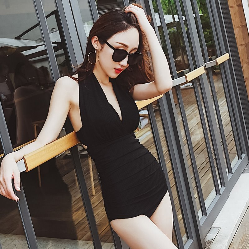 2018 one piece suits swimsuit bather sexy women swimsuits backless bikinis set women swimwear female bathing suit swim beach new cheap sexy bathing suits swimwear one piece female may beach girls plus size 2017 2018 pure color covering underwire groups
