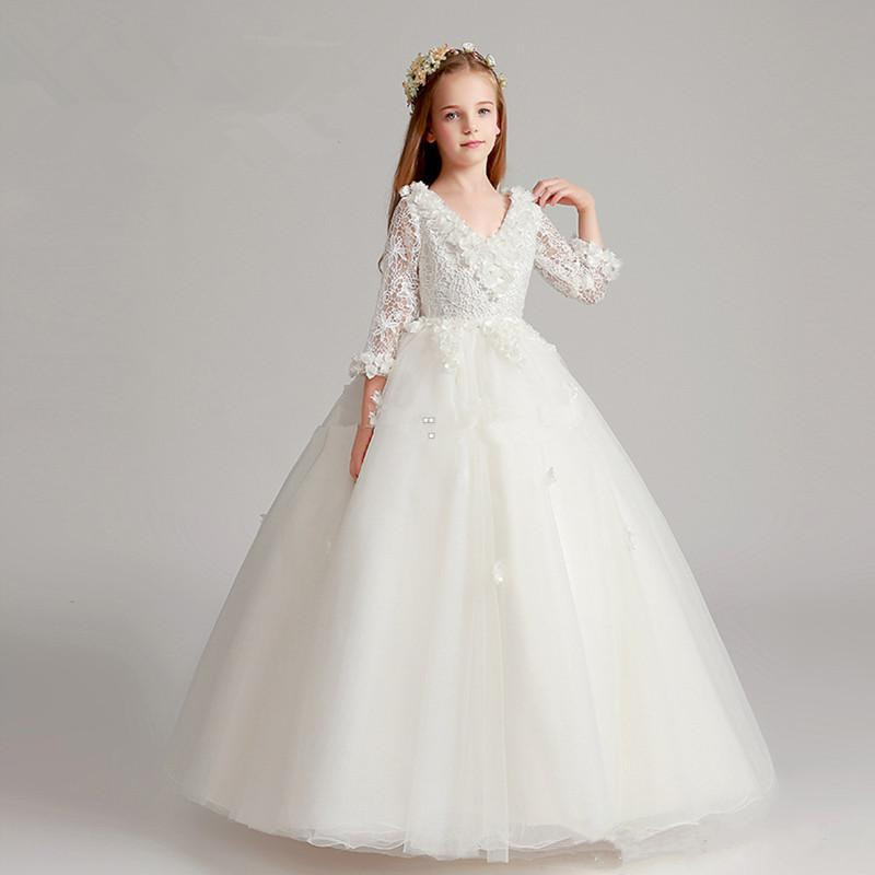 White Customized Flower Girls Dress for Wedding With Lace Floral Appliques Long Sleeves Ball Gown Girls First Communion Dress