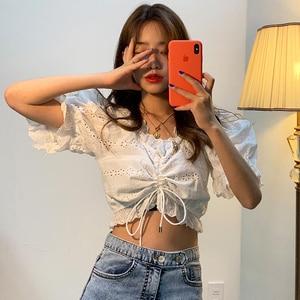 SHENGPALAE 2019 جديد الصيف القادمين V طوق نصف كم الخصر التعادل بلوزة الجوف خارج الكورية Fahsion رقيقة النساء قميص FN910