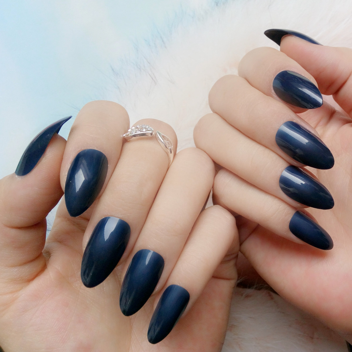 Fashion Navy Blue Fake Nails Candy Color Short Stiletto Nails Tips ...