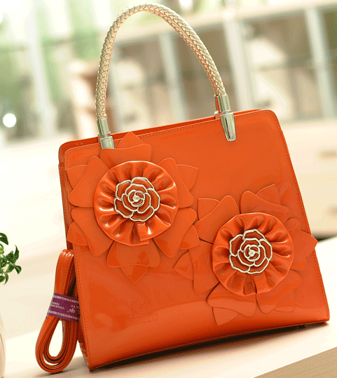 1021 Whole Lingyu Brand Handbags Patent Leather Bag Flowers Wedding Bridal Handbag Evening Bags Women In Top Handle From Luggage