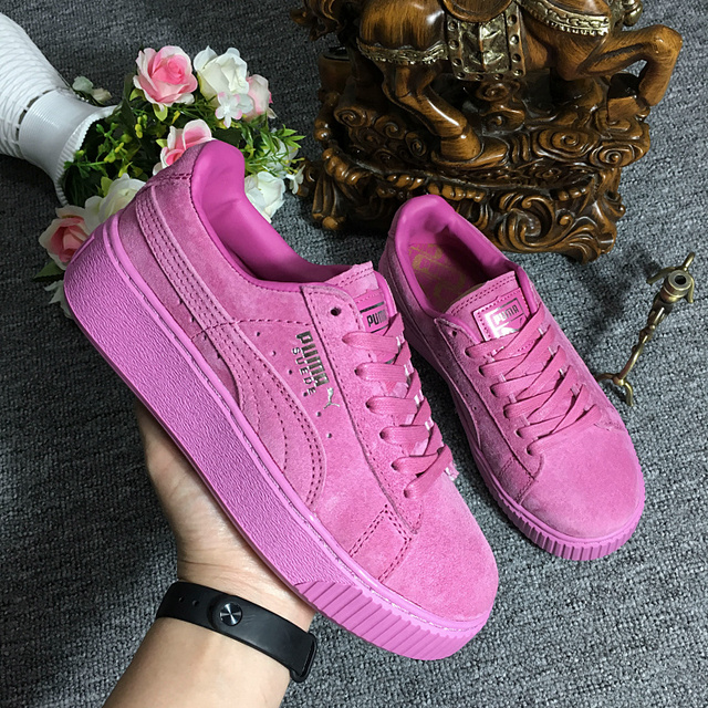 2018 Original New Arrival PUMA Suede Classic Women s Sports Fabrics  Sneakers Mid Runner Badminton Shoes size 36-39 2321e0d4ee