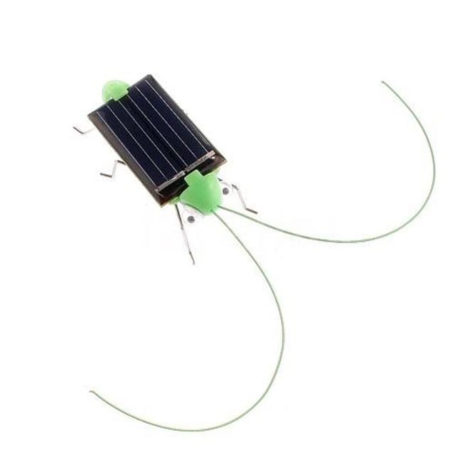 New 1 PCS Children Baby Solar Power Energy Insect Grasshopper Cricket Kids Toy Gift Solar Novelty Funny Toys