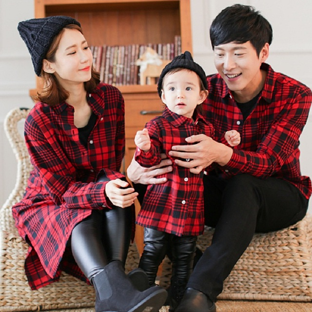 b16a56b7b6d Mother Daughter Baby Clothes Family Matching Outfits Father Son T Shirt  Plaid Shirt Female Mum Mama and Daughter Girl Dress Red