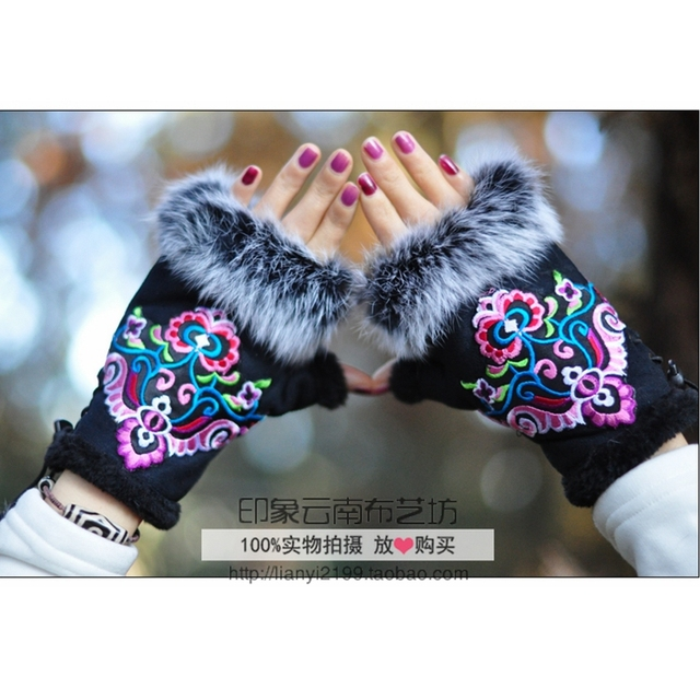 Vintage Gloves Women Ethnic Embroidery Gloves winter Female Gloves Suede Leather half finger Mittens Outdoor