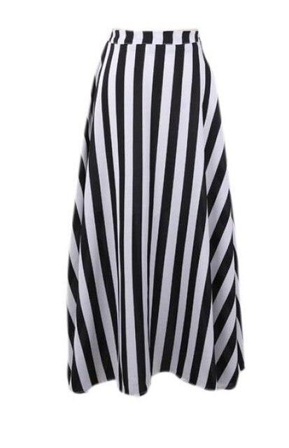Opinion Petite long black skirt