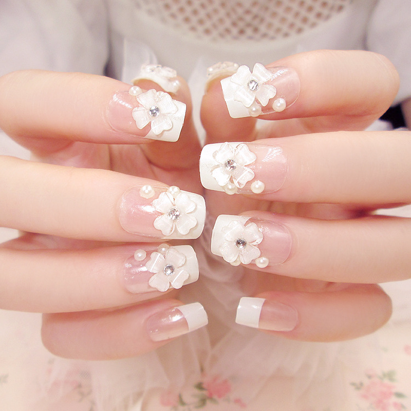 24 Pcs/ Set Fashion Clear Flower Fake Nail with Glitter Acrylic Full Cover False Nails White False Manicure Design Beauty Supply