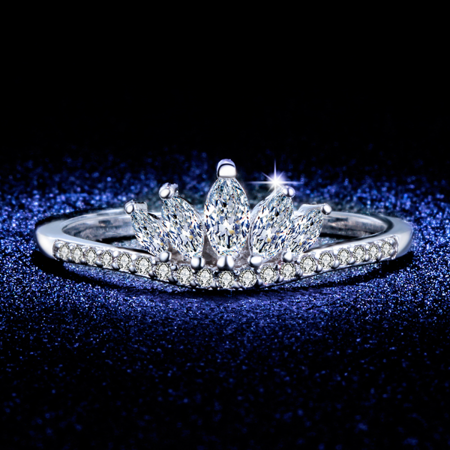 H:HYDE Queens Silver Color Crown Rings For Women Punk Brand Crystal Jewellery Love Rings Femme Bijoux wedding engagement rings