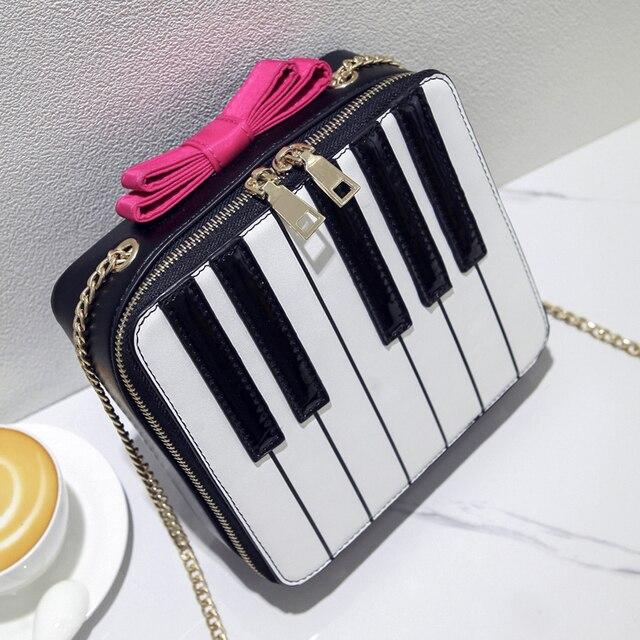 Divertido e bonito personalizado moda estilo listras de cor hit senhoras arco bolsa de ombro forma de piano através do corpo saco do mensageiro aba bolsa