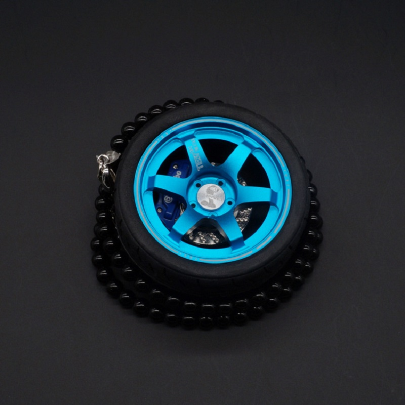 цена на TOYIKIE Big TE37 Car Tires Model Metal Wheel Keychain Leather Rope Men Car Wheel Bead Chain Pendant Aluminum Alloy Holder
