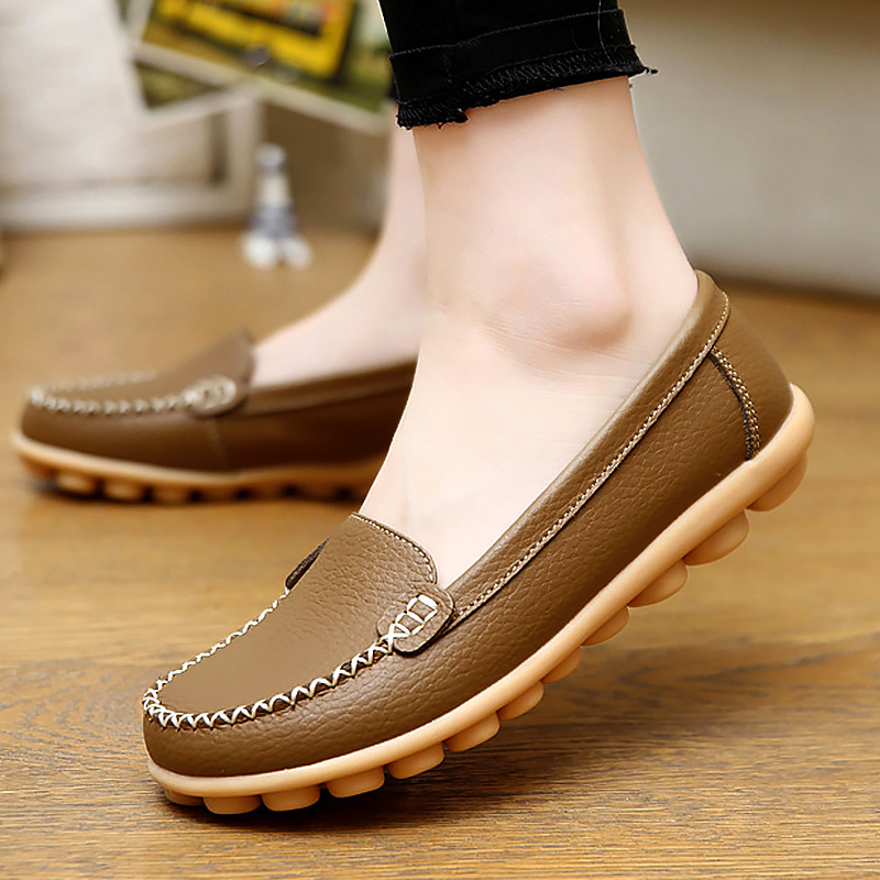 Women flat shoes loafers genuine leather new style round toe shallow spring/autumn ladies shoes plus size 35-44 female loafers new lace mother flat shoes fashion shallow mouth ladies peas shoes tendon casual women leather shoes plus size