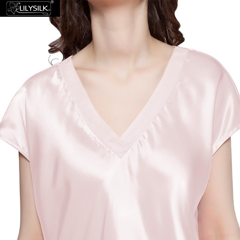 1000-light-pink-22-momme-relaxed-fit-long-silk-nightgown-01