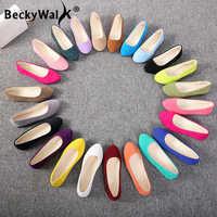 Sans lacet femmes chaussures plates couleur bonbon bout pointu femmes mocassins grande taille chaussures paresseux femme printemps troupeau dames ballerines