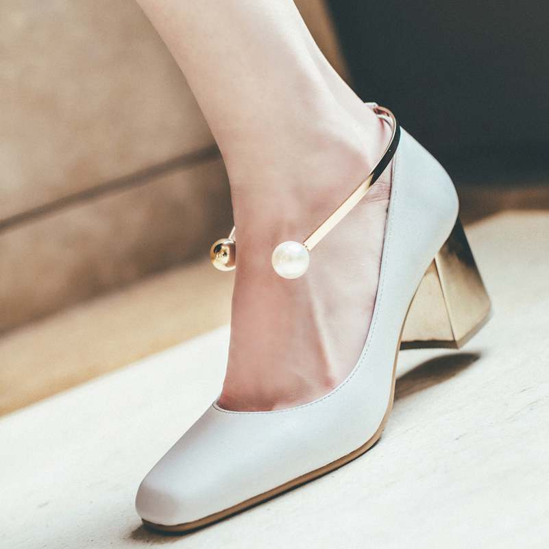 ФОТО 2017 Fashion Party Wedding Thick High Heels Genuine Leather Pearl Metal Superstar Shallow Pumps Round Toe Women Brand Shoes 86