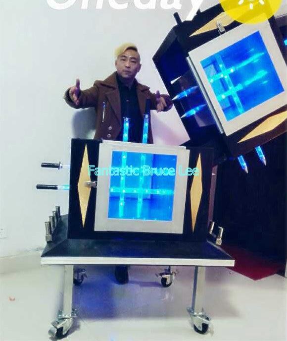 Fluorescent Tube Illusion --Magic Trick, Fun Magic, Party Magic.