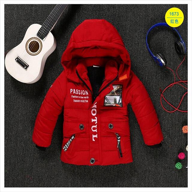 Детская одежда мужчин зимняя хлопка-ватник вниз хлопок ватные куртки утолщение мальчики сгущает Капюшоном пальто 2-5 Т