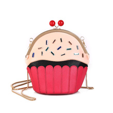2019 new cute shoulder bag personality creative cake ice cream bag fashion chain PU small bag geometric pattern diagonal package 2018 new and creative messenger bag with the shape of ice cream cute chain bag designed for lovely girls