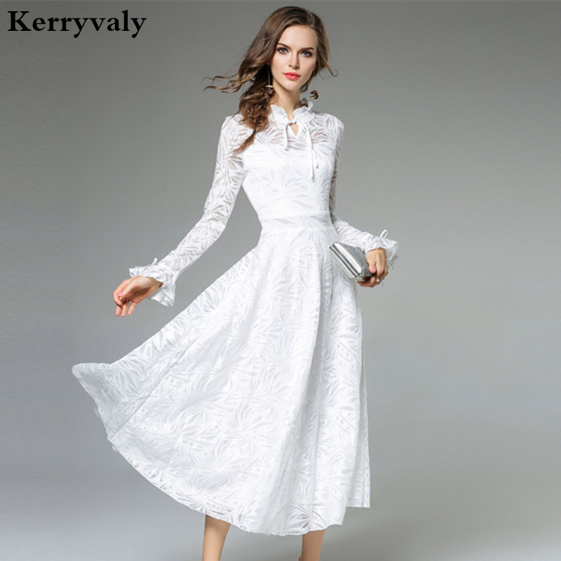 d55e694b0310 Dame Fee Langen Weißen Spitzenkleid Vestido Longo 2018 Herbst Frauen  Langärmelige Abend-partei-maxi Kleid Robe Longue K9442