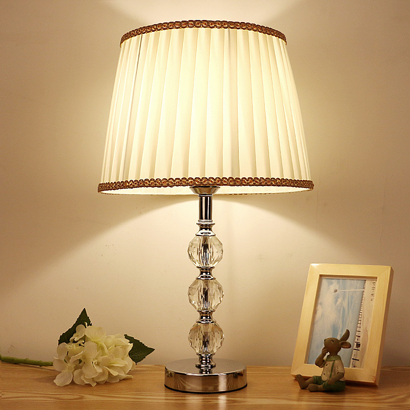 Modern Crystal Lamp lighting bedroom bedside lamp luxury fashion crystal table lamp Abajur bedside hotel table lamp k9 LuxuryModern Crystal Lamp lighting bedroom bedside lamp luxury fashion crystal table lamp Abajur bedside hotel table lamp k9 Luxury