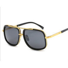 2017 Hot Square Sunglasses Men Women Luxury Brand Design Couple Lady Celebrity Brad Pitt Sun Glasses Super Star Flat Top Eyewear