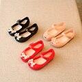 2016 Летний Новый Детские Сандалии лук Свежие Девушки Девственницы Тапочки Моды Сандалии красный Черный розовый Девушки Сандалии детская одежда обувь