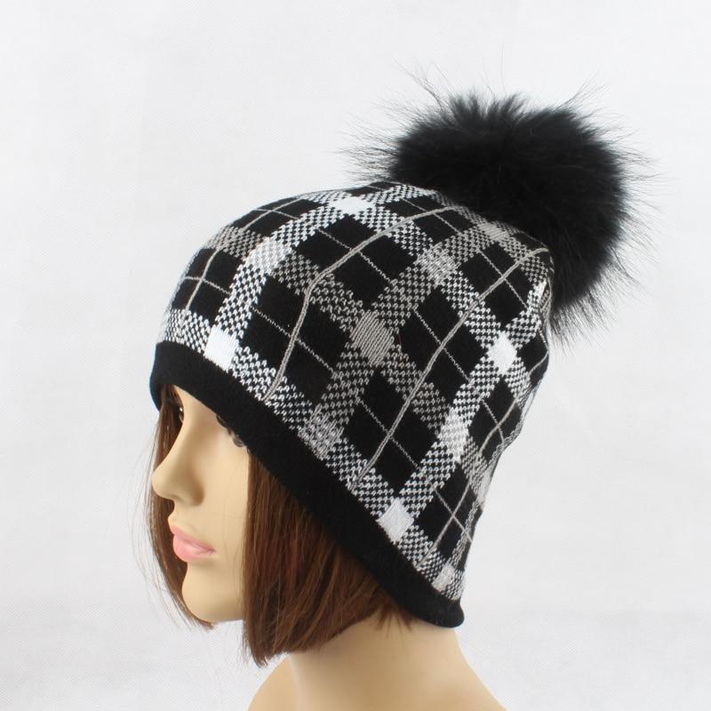 Qadın Qış Şapka Plaid Trikotajlı Beanie Həqiqi Mink Xurma - Geyim aksesuarları - Fotoqrafiya 4