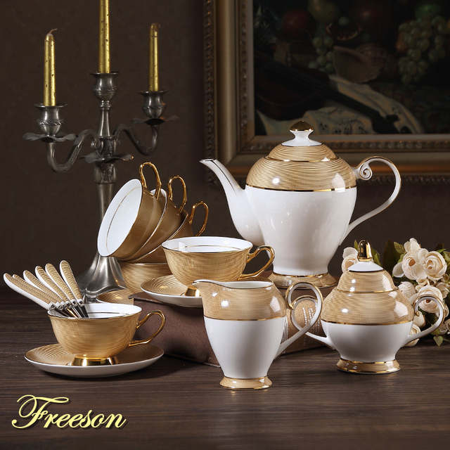Luxury Gold Bone China Coffee Set British Porcelain Tea Ceramic Pot Creamer Sugar Bowl Teatime