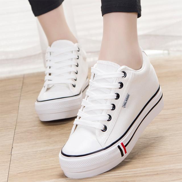 Mujeres Blanco Casual Zapatos de Las Señoras Cuñas de Plataforma Zapatos de Lona Lindos Zapatos de Skate Clásicas Entrenadores Zapatos Mujer 5 Cm de Altura