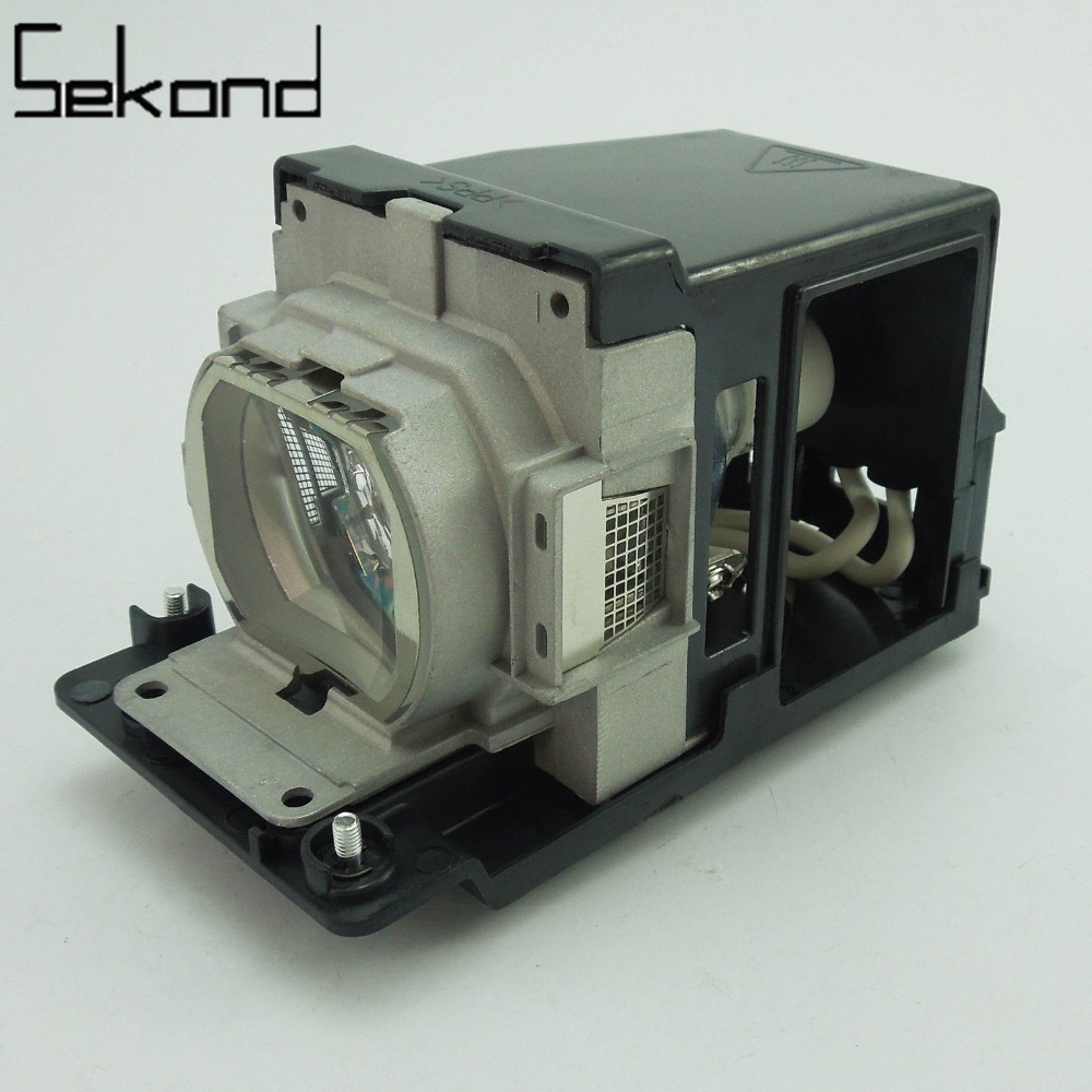 WoProlight Original Projector Lamp Bulb TLPLW11 with housing for Toshiba TLP XD3000A XC2500 XD2700 XD2000 projector lamp for toshiba tlp 471 bulb p n tlplu6 150w uhp id lmp3558