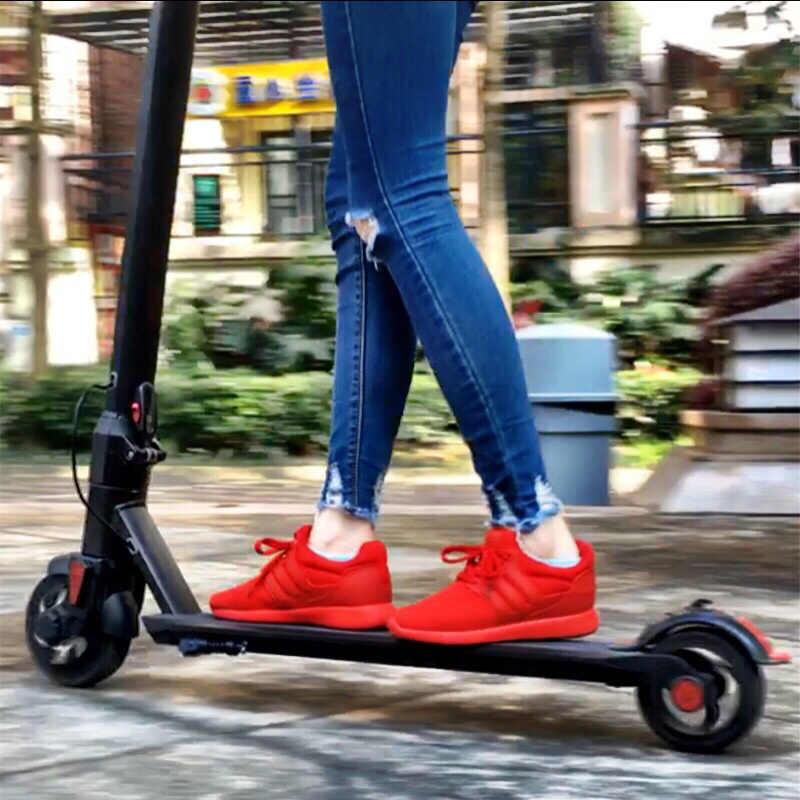 I8 6 pulgadas Motor adulto eléctrico plegable Scooter 2 ruedas Smart Skateboard Hoverboard aleación de aluminio litio batería bicicleta