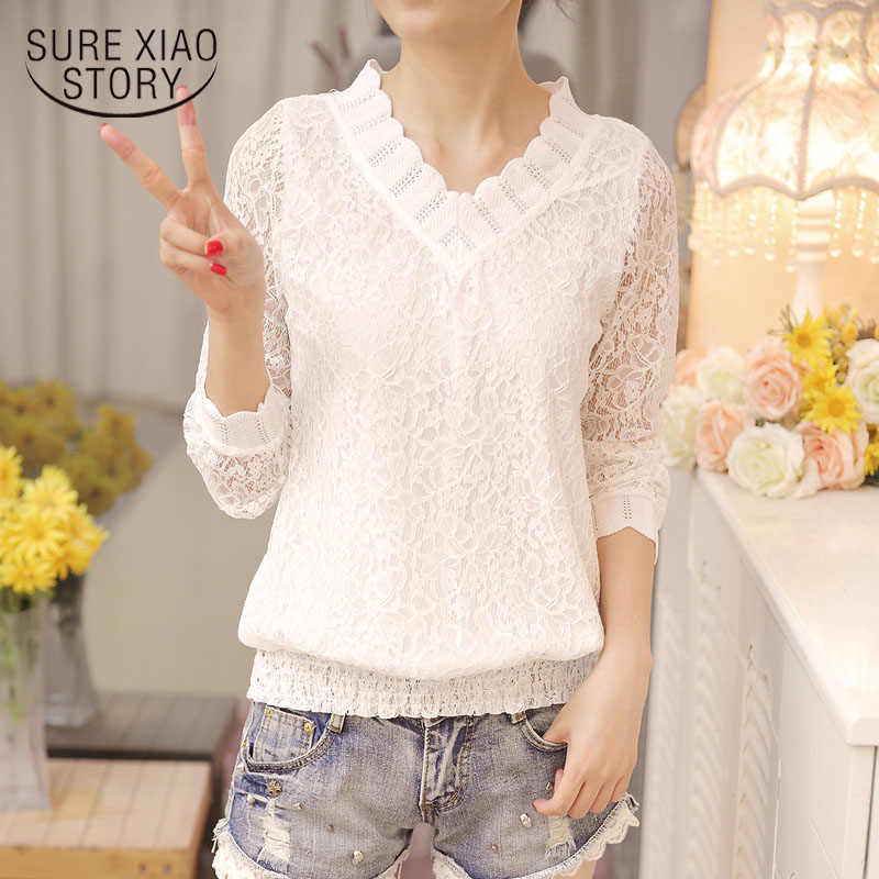 2018 New Arrived Autumn Women Blouse Long Sleeve V Collar Lace Shirt Woman Sweet Temperament Trim Slim Fit Bottom Shirt 1066 40